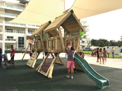 Commercial-Playground-Equipment-BoomTree-Adventure-Playgrounds-Dubai-Jum-Heights3